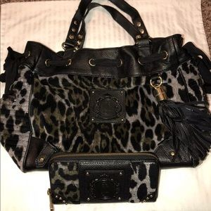 Juicy Couture Purse & Wallet